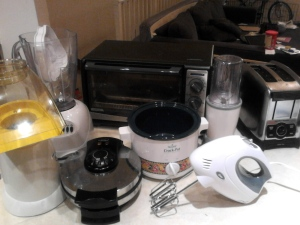 some of the appliances that are in my apt right now